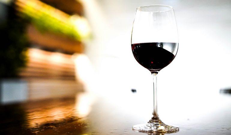 Vino – prirodni proizvod koji štiti srce i krvne sudove