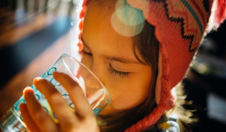 Voda – osnova života i prirodni lek